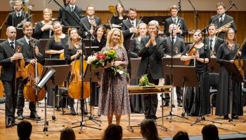 """Pianists Behzods Abduraimovs, """"Sinfonietta Rīga"""" un Normunds Šnē Lielajā ģildē"""