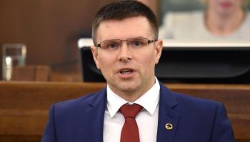 Deputāts: Stingrāk jāsoda cilvēki, kas musina citus neievērot Covid-19 ierobežojumus