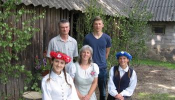 Pie Rēderu ģimenes Gulbenes novada Stāmerienas pagastā