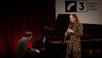 Anna Gāgane (klarnete) un  Lūkass Loss (klavieres) Latvijas Radio 1. studijā