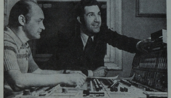Pie leģendārā Borisa Praudiņa rakstāmgalda – režisori Osvalds Krēsliņš un Oļģerts Šalkonis