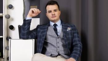 """Mūziķis, LR2 programmu vadītājs, mobilās kafejnīcas """"Kantero"""" izveidotājs Mārtiņš Ruskis"""