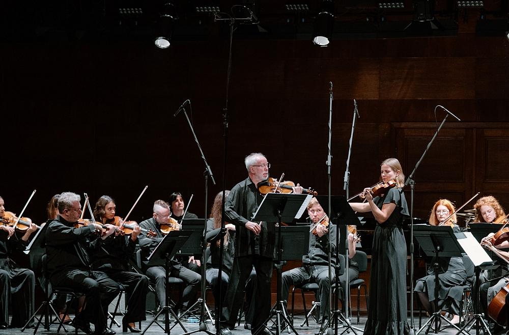 """Gidons Krēmers, """"Kremerata Baltica"""" un maestro Ibrahimova koncerts Dzintaru Mazajā zālē"""