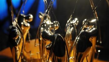 LMB nominanti. Vērtē klausītāji  Ilze Trautmane, Līga Līce un Rolands Kronlaks