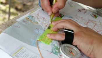 Ko var izzināt skatoties un pētot moderno tehnoloģiju radītās kartes?