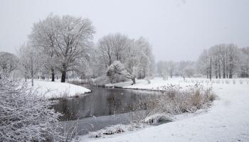 Kas nosaka Latvijas klimatu?
