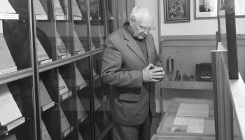 Myužeibā nūguojs Latgalīšu rakstnīceibys muzeja vadeituojs Pīters Luocs