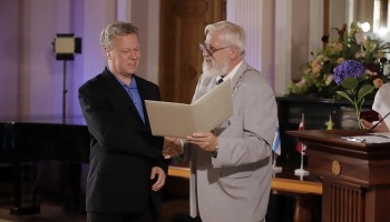 Profesors Andris Ambainis saņem Baltijas zinātņu akadēmiju medaļu