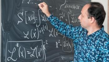 """Sešdesmit Latvijas skolās šoruden darbu uzsāks jaunie """"Mācītspēks"""" pedagogi"""