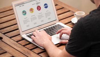 Veiksmīgi prast izmantot dažādu iestāžu virtuālā asistenta palīdzību