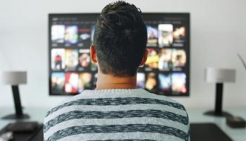 Krievijas TV kanālu aizliegums: Vai pašmāju satura veidotāji var tos aizstāt