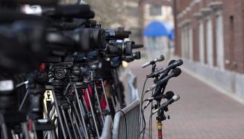 Māris Zanders: Šī kaitinošā mediju žēlošanās par naudas trūkumu