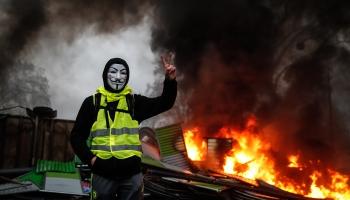 """Протесты """"жёлтых жилетов"""" во Франции: продолжение следует?"""