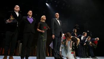 """""""Spēlmaņu naktī"""" triumfē Liepājas teātra izrāde """"Precības"""""""