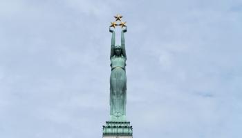 Latvijas Nacionālās neatkarības kustība valstiskuma atjaunošanas procesā