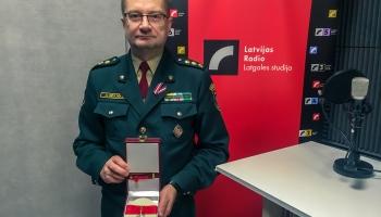 Полковник А.Узулникс: орден Виестура - и высшая награда, и ответственность