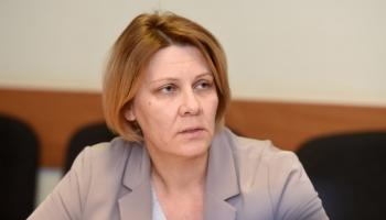 VM valsts sekretāri Mūrmani-Umbraško par neizdarībām vakcīnu iepirkumā pazeminās amatā