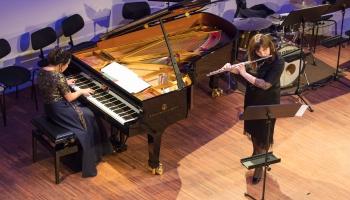"Romualda Kalsona ""Valsis-kaprīze"". Anete Toča (flauta) un Agnese Egliņa (klavieres)"