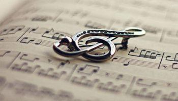 Senā spāņu mūzika, Baha Franču uvertīra un Šūberts ar variācijām