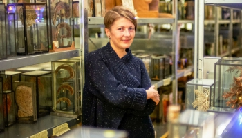 Monopola viešņa Anatomijas muzeja vadītāja Ieva Lībiete