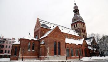 Zīmīgi pagātnes nnotikumi Latvijā un pasaulē, kas risinājušies februārī
