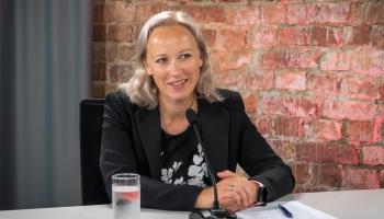 Pieredzējusi zaļās kustības aktīviste, VARAM pārstāve Alda Ozola