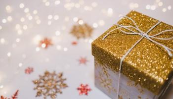 Dāvanu laiks: ko un kāpēc saviem tuvajiem dāvināja cilvēki viduslaikos