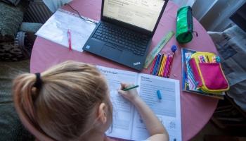 Latviskās izglītības darbs ārpus Latvijas pandēmijas laikā