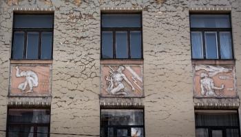 Vai zini, pie kura Rīgas nama var redzēt Prometeju?