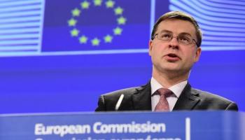 Dombrovskis apmeklē Londonu, lai runātu par ES finanšu centra turpmāku attīstību