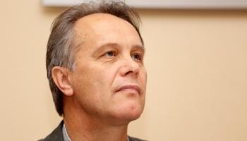 Пианист и художник Янис Малецкис о выставках и концертах