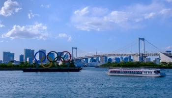 Kā sekot līdzi Tokijas olimpiskajām spēlēm un čempions, kuram līdzināties