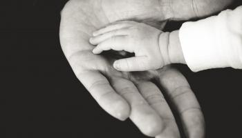 Vecāku un bērnu attiecības: kā izvairīties no pārpratumiem, kā atvainoties