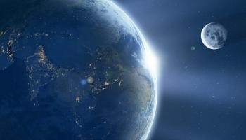Вращение Земли и изменение направления её оси: как эти процессы влияют на планету