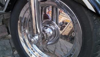 Tehniskā apskate motociklam jāapmeklē gluži tāpat, kā automobilim!