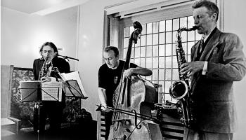 """Feldmans, Gubaiduļina, """"The Remote Viewers"""" jaunums, Zorna kvartets un godalgotais Mičels"""