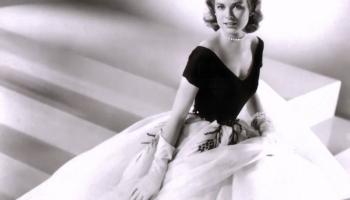 19. aprīlis. Monako prinča Renjē un Holivudas zvaigznes Greisas Kellijas laulības