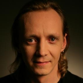 """""""Bet Bet"""" pārstāvis Zigfrīds Muktupāvels ar JAUNU singlu."""