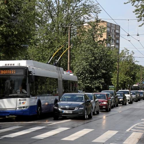 Rīgā mobilitātes jomā vēl ne mazums klupšanas akmeņu