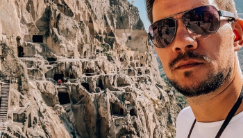 Дмитрий Гришин: на машине вокруг света
