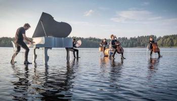 """Mūzika bez robežām. Par festivālu """"Laivā"""" stāsta tā idejas autors Valters Pūce"""