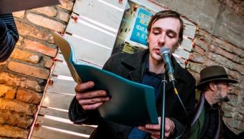 Dzejnieks Arvis Viguls par dzejpasauli un pasauli
