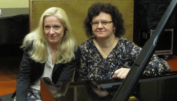 """Jēkaba Graubiņa """"Kancona"""".  Eva Bindere (vijole) un Sandra Jalaņecka (klavieres)"""