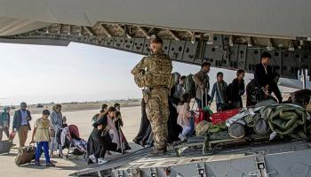 Afganistānā varu atkal pārņēmis talibu režīms. Kas sagaida šo valsti turpmāk?