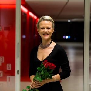 Ērģelniece Iveta Apkalna aicina uz festivālu ORGANismi Latgales vēstniecībā GORS