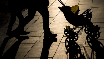 2020.gadā bērnu dzimis mazāk: vai pandēmijas laiks ietekmējis demogrāfijas rādītājus