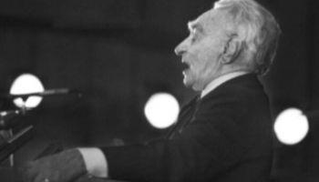 """Godinām aktieri Ēvaldu Valteru 125. jubilejā ar Brenča """"Tanheizeru""""!"""