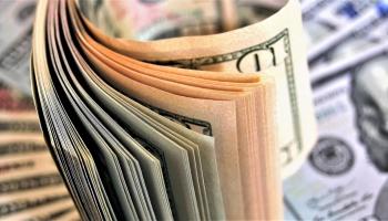 24. oktobris. ASV vērtspapīru tirgus krahs aizsāka 20.gs. smagāko ekonomisko krīzi