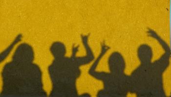 Jauniešu radošajiem centriem joprojām liegts vērt durvis sociālā riska grupas jauniešiem