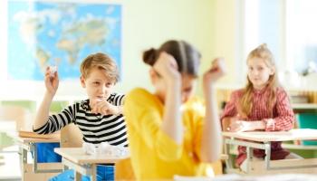 Pieaugusi bērnu agresija skolā: palīdzēt var, izprotot agresijas iemeslus